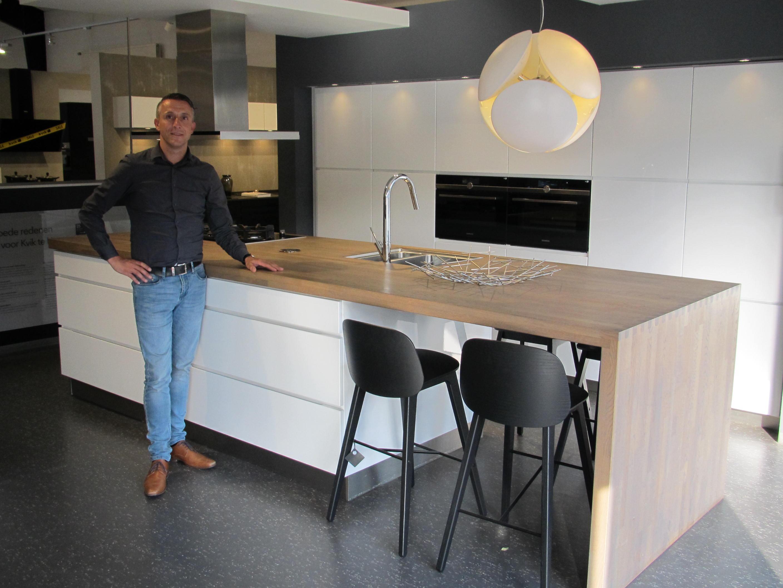 Complete Badkamer Almere : Kvik almere collin crowdfund